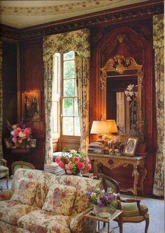 romantic victorian house interior