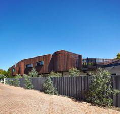 Mosman Bay Residence by Iredale Pedersen Hook Architects