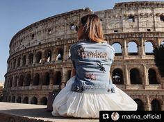 Vedi la foto di Instagram di @internodiciotto • Piace a 115 persone   Stunning Marina Luczenko Szesny in her handembroidered denim jacket Rome Travel, Persona, 21st, Street Style, Instagram Posts, People, How To Wear, Jackets, Inspiration