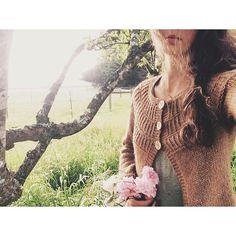 The fog blustered in and out today rolling over the prairie in a display that beats cloud watching any day. Wearing my Shalom cardigan worked in @BlueSkyAlpacas bulky but ever so lightweight Techno yarn. This is definitely one of my thrown-on knits some of the best kind  #memademay by byannieclaire