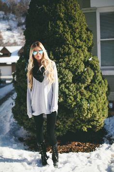 Barefoot Blonde - Snow Attire