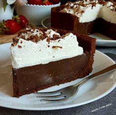 Mississipi mud pie (torta senza cottura)   Cucinare è come amare Cheesecake Recipes, Pie Recipes, New Orleans Recipes, Mud Cake, Cream Cake, Chocolate Cake, Cupcake Cakes, Nutella, Good Food