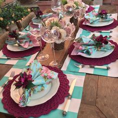 Mesa Posta Eye Makeup eye makeup gives me headache Beautiful Table Settings, Dinning Table, Deco Table, Decoration Table, Tablescapes, Flower Arrangements, Diy Home Decor, Centerpieces, Crochet
