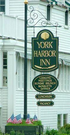 York Harbor Inn,York,Maine (Beautiful Setting With The Atlantic Across The  Street)