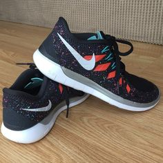 BNWOB Nike Free 5.0 Brand new without box Nike Free 5.0 in black retro speckled print. Size 7 Nike Shoes Athletic Shoes