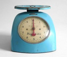 Vintage Kitchen Scale  Mid Century Modern Retro 1950's by Hindsvik