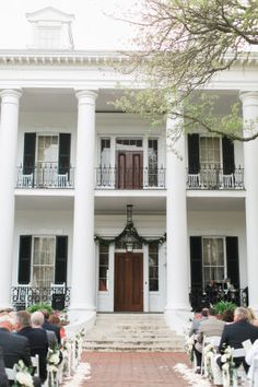Southern charm at the dunleith historic inn in natchez mississippi
