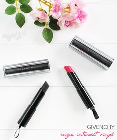 Not so addicted to Beauty: Rouge Interdit Vinyl de Givenchy