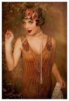 Flapper Girl Fashion from the Roaring Great Gatsby fashion for Halloween. Belle Epoque, Vintage Outfits, Vintage Dresses, Vintage Fashion, Gatsby Style, Flapper Style, 1920s Style, Flapper Fashion, Gatsby Girl