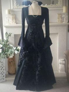 ♥Medieval renaissance gothic SALEM PAGAN VAMPIRE dress 10-18- ♥ | eBay  Dark Princess