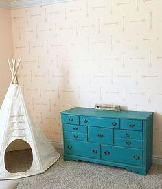 Cutting Edge Stencils shares DIY stenciled home decor projects. Wall Stencil Designs, Stencil Decor, Stencil Patterns, Arrow Stencil, Tribal Arrows, Cutting Edge Stencils, Arrow Pattern, Traditional Interior, Western Decor