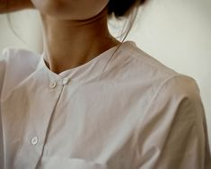 Image about white in Tina Goldstein by nxrcissamxlfoy Mode Chic, Mode Style, Style Me, Foto Instagram, White Shirts, Mode Inspiration, Fashion Details, Style Fashion, What To Wear