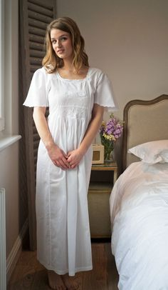 7a819885ea Lunn Antiques 18th Century White Cotton Victorian Short Sleeved Nightdress  BNWT