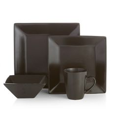 A squared shape adds modern sophistication to this Harmony dinnerware set by American Atelier. Crafted with durable earthenware this black dinnerware can ...  sc 1 st  Pinterest & 16pc Dinnerware Set Gibson Square Ceramic Dinner Plate Bowl Mugs ...