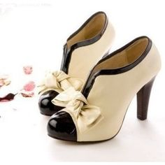 Such cute cream and black shoes.