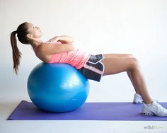 How to Do Sit Ups. If done carefully, sit ups can help build your core and abdominal muscles. Once you get the basic form down, you can try sit up variations to. You Fitness, Physical Fitness, Fitness Tips, Stability Ball Exercises, Balance Exercises, Triathlon, Sit Ups, Workout For Beginners, Transformation Body