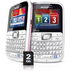 Celular Motorola EX117 Motokey Tri-Chip Rosa GSM Desbloqueado Teclado QWERTY Câmera 2MP Filmadora MP3 Player Rádio FM Cartão de Memória de 2GB