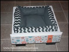 Cluttered Corkboard: DIY an Old Drawer into a Dog or Cat Bed