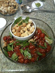 Simples Assim: salada morna de tomates - Da minha horta