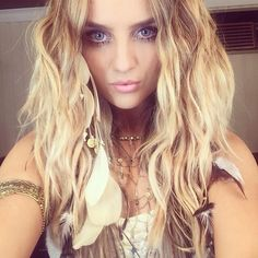 One Direction Challenge day 3: favorite girlfriend- PERRIE EDWARDS!!!! (AKA Zayn Malik's Girlfriend)