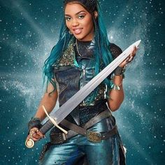 Aayyye 1 month away! Miss Uma didn't come to plaaaay✋🏾🤫😝 Descendants Music, Descendants Characters, Disney Channel Descendants, Disney Channel Stars, Descendants Videos, China Anne Mcclain, Disney Decendants, Disney Ships, Emperors New Groove