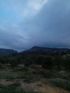 Para hoy martes, un día gris, os dejo esta fotografía de nuestro querido Crivillén