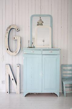 EN MI ESPACIO VITAL: Muebles Recuperados y Decoración Vintage: Muebles recuperados pintados { Vintage painted furniture }