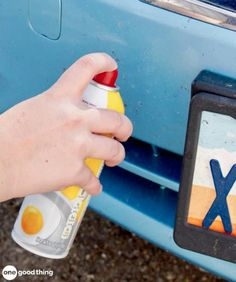 Car Cleaning Hacks Get Rid Of Bug Splatters Instead of scrubbing and potentially damaging your car's paint job, go grab your can of cooking spray! Spray a bit onto the stubborn bug, wait a few seconds, then use a microfiber cloth to wipe the area clean. Cleaning Items, Car Cleaning Hacks, Toilet Cleaning, Cleaning Solutions, Car Hacks, Best Cleaner, Keep It Cleaner, Bug Off, Clean Mama