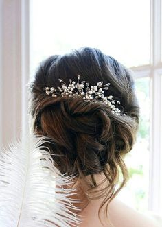 Hey, I found this really awesome Etsy listing at https://www.etsy.com/ru/listing/230231015/bridal-hair-comb-with-swarovski-pearls