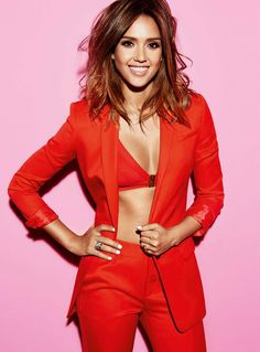 I am a huge Jessica Alba fan. She is my ultimate girl-crush and my style icon. I will post new and old photos daily! Jessica Alba Pictures, Evan Rachel Wood, Hollywood Star, Gal Gadot, Female Form, Lady In Red, Like4like, Sexy Women, Celebs