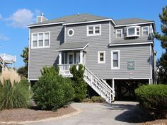 Connecticut Whaler 140 - Corolla, North Carolina - the Outer Banks: This lovely home is conveniently located oceanside in Corolla Light and is just a short walk (approximately 250 yards) to the beach and oceanfront pool complex. It provides a family-friendly, light-filled greatroom, a great sunroom and was recently upgraded with new flooring on the top and mid-levels. Come see what all the fuss is about at Connecticut Whaler!