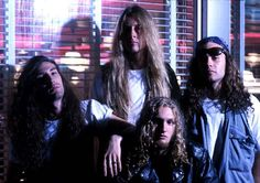 Alice in Chains. Yes, 'Grunge' rock was more than Nirvana. Much more.