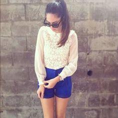 White collar neck flower printed shirt with blue shorts ♥ Pinterest : Elisa Gyn