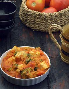 Broccoli, Carrot and Paneer Subzi recipe Paneer Recipes, Veg Recipes, Baby Food Recipes, Indian Food Recipes, Cooking Recipes, Ethnic Recipes, Toddler Recipes, Juice Recipes, Vegetarian Cooking