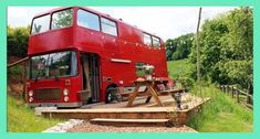 Get yourself a double-decker bus, park it by a private paddock on the British countryside, and transform it into an idyllic holiday getaway. That& the successful formula used in today& conversion, known as the Red Bus. School Bus Conversion, Camper Conversion, Used School Bus, Converted Bus, Bus Living, Tiny Living, Bus House, Tiny House, Forest Of Dean