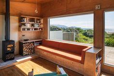 renovation-field-way-bach-house-waikanae-new-zealand-designed-parsonson-architects-08