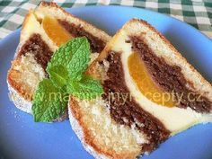 ?Vrstvená bábovka s tvarohem Bunt Cakes, Czech Recipes, Pavlova, Something Sweet, Pound Cake, Nutella, Sweet Recipes, Good Food, Dessert Recipes