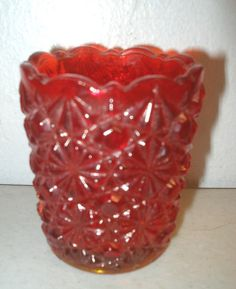 VINTAGE MOSSER BUTTON & DAISY GLASS TOOTHPICK HOLDER RED AMBERINA
