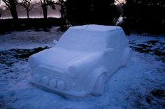 Impresionantes Esculturas De Invierno | Arte Mini Cooper Classic, Classic Mini, Classic Cars, Snow Sculptures, Sculpture Ideas, Yes Man, Snow Pictures, Harbin, Mini Things