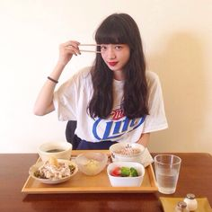 Shared by 女子. Find images and videos about girl, japanese and nana komatsu on We Heart It - the app to get lost in what you love. Figure Reference, Photo Reference, Japanese Models, Japanese Girl, Nana Komatsu Fashion, Komatsu Nana, Japan Model, Pretty Asian, Girl Poses