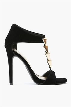 Cupid Arrow Pump in Black. To go with my dress
