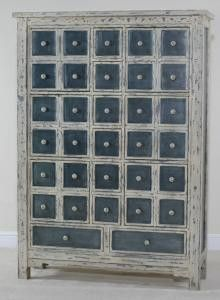apothecary cabinet. so much organisation.