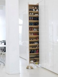 100 Fantastic Creative Hidden Shelf Storage Ideas Worth to apply in Small House - DecOMG Shoe Shelves, Storage Shelves, Storage Organization, Storage Ideas, Walk In Closet, Shoe Closet, Hall Closet, Hidden Shelf, Hidden Storage