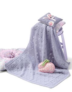 Book Baby 76 Spring / Summer | 15: Baby Baby Wrap | Very light lilac