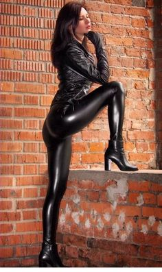 Sexy Leggings and more +++ Like +++ Share +++ Leave a Comment +++ Model: Diana Wet Look Leggings, Shiny Leggings, Leather Dresses, Leather Pants, Leather Outfits, Black Leather, Sexy Outfits, Girl Outfits, Beautiful Legs