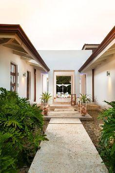 One of the best villa in Casa de Campo, La Romana. Starting at US$1,350.- / Night @CaxaVR instagram #CaxaVR 809-903-3585