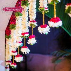 Flowers bring the ultimate wedding feel. Housewarming Decorations, Home Wedding Decorations, Diwali Decorations, Stage Decorations, Festival Decorations, Flower Decorations, Wedding Mandap, Garland Wedding, Wedding Stage
