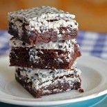 Cookies And Cream Brownies. Make these even easier by using a box brownie mix and drizzling melted cookies and cream candy bars on top.