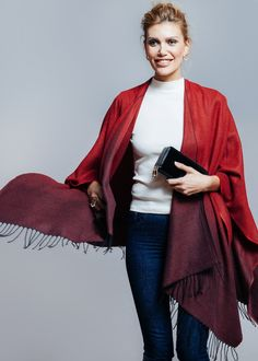 Boho Poncho in Rot als schickes Accessoire für den Frühling / red cape as beautiful accessory for spring made by Project-OONA via DaWanda.com