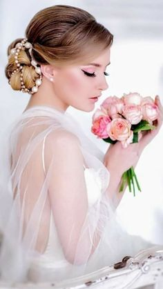 Photography Women, Beauty Photography, Womens Denim Dress, Wedding Dress Cake, Natural Wedding Makeup, Blonde Women, Portrait Poses, Pink Outfits, Girls Show